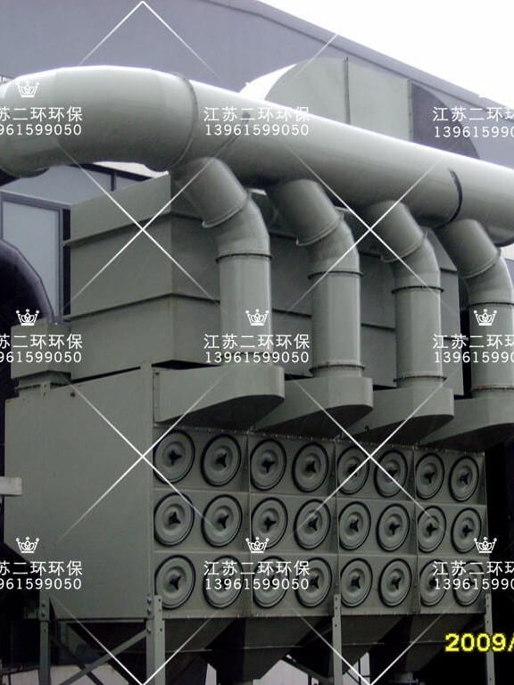 HEPA二级过滤沉流式滤筒除尘器